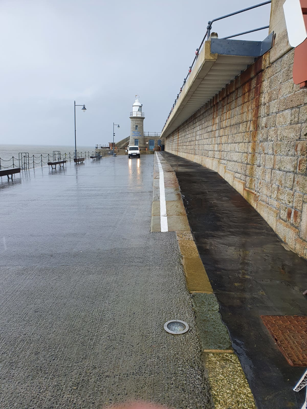 Harbour Arm Spring Clean Lighthouse