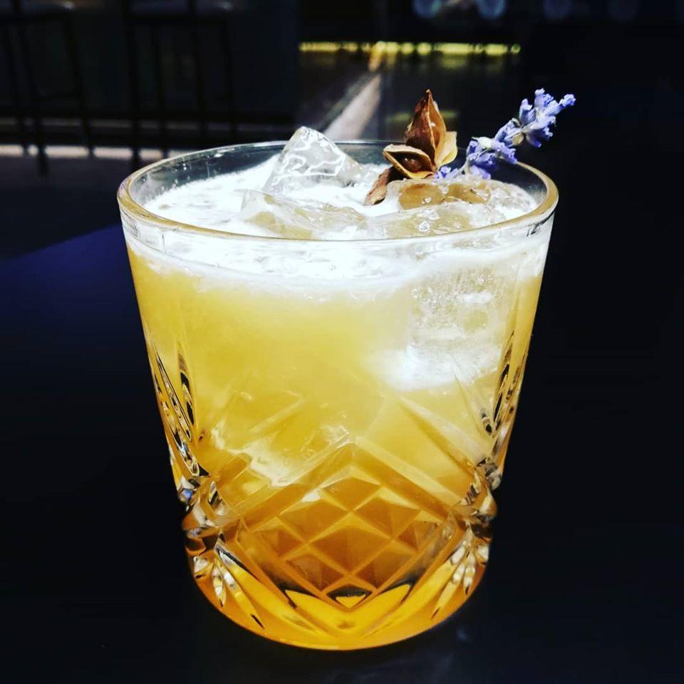 Autumn Fizz Cocktail