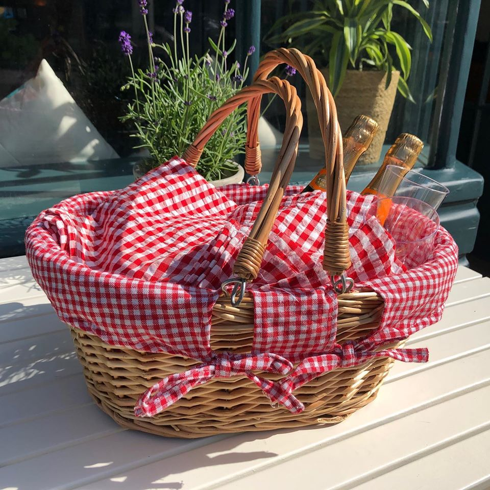 Picnic Basket Gourmet Kitchen