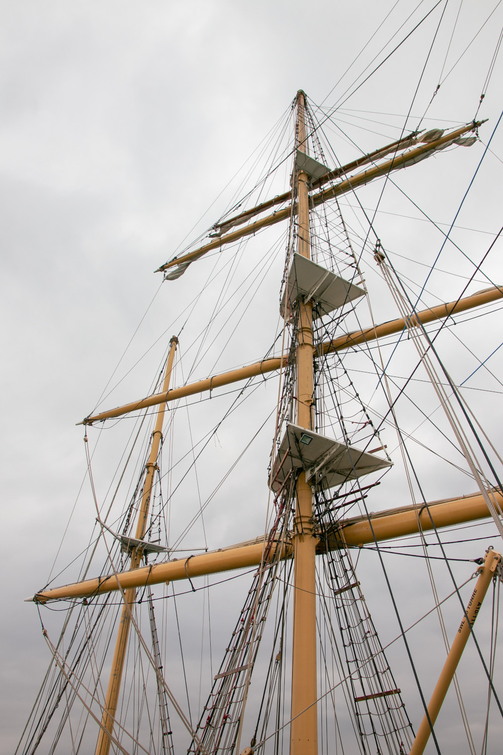 3 masts and rigging